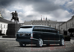 LAND ROVER REVEAL THE RANGE ROVER
