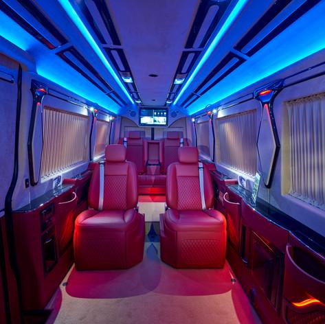 SPRINTER VIP-Konferenz-Liner | Busreisen in Premiumqualität