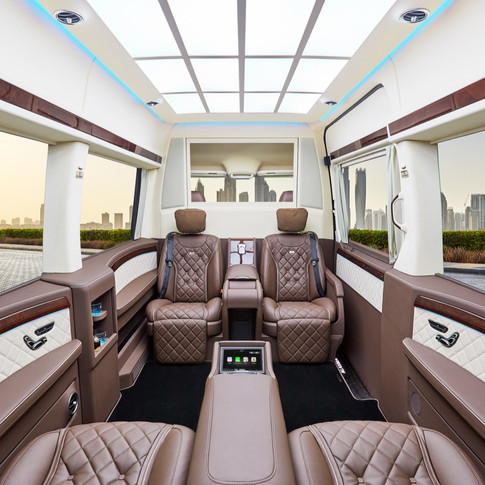 Mercedes Benz Sprinter Luxus Business Jet Van von KLASSEN