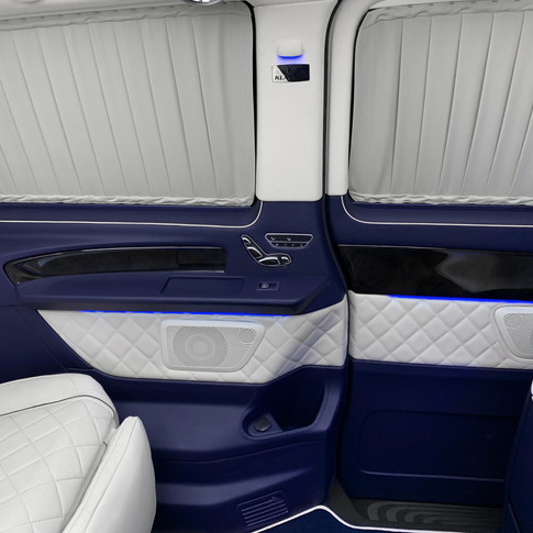 New Mercedes Benz V-Class V250 with exclusive Business Interior