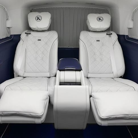 Die neue V-Klasse EXCLUSIVE bietet noch mehr Luxus in der Mercedes-Benz Großraumlimousine
