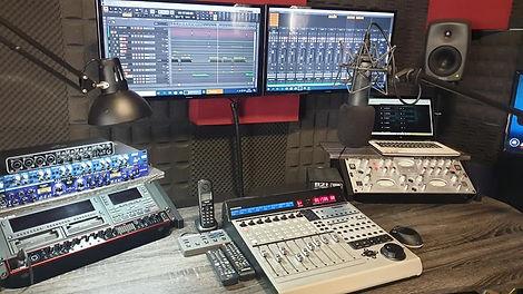 ESTUDIOS AUDIO.jpg