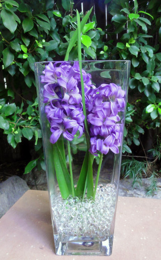 Elegant Easter flowers in Seconds