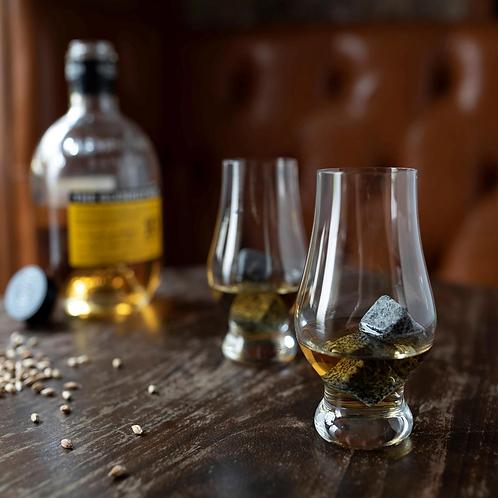 The Whisky Lover's Kit