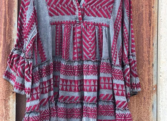 שמלה יוונית בורדו אפור DEVOTION TWINS תלויה על הארון