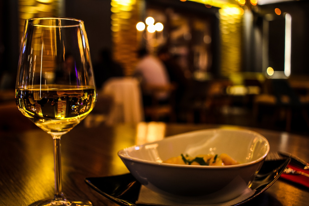 Drink your Riesling, Pinot Grigio,, Pino Gris, Sauvignon Blancs and Moscato in a more narrow and longer glass.