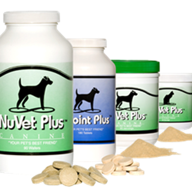 NuVet Plus supplement for dogs in wafers and powder form