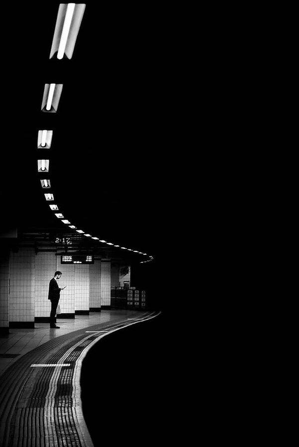 Fotografo-de-rua-captura-a-solidao-da-vi