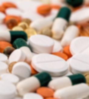 2headache-pain-pills-medication-159211.j