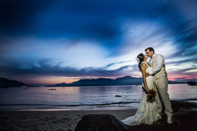 assessoria-casamentos-sp-santo-casamenteiro-renata-rodrigo-praia-ilhabela-10