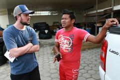 Conversa com um dos participantes da ocupação do DSEI Interior Sul. Foto: Isadora Manerich.