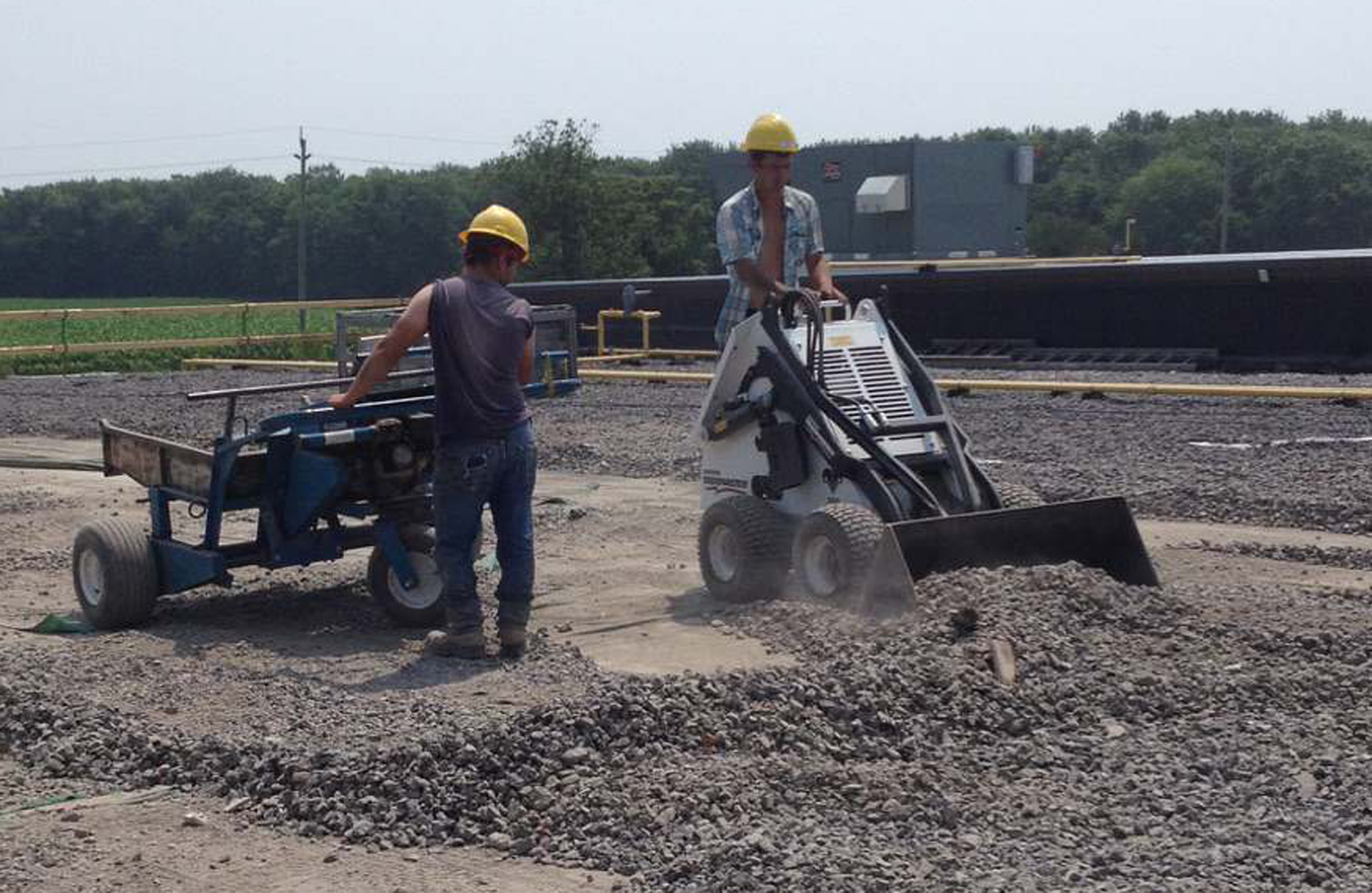 Material Handling Equipment | Yorkton, SK | Leon's Mfg Company Inc