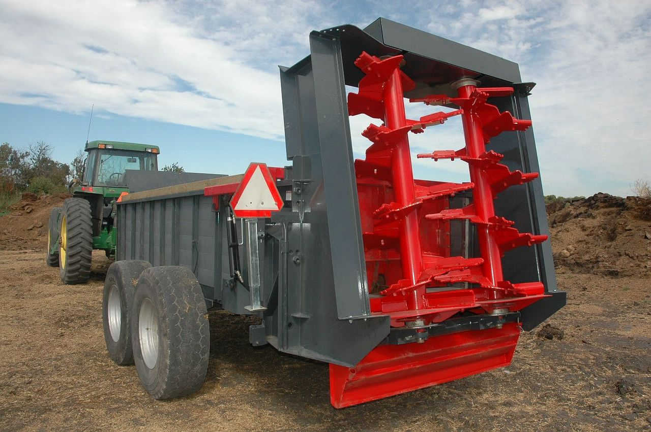 LEON Vertical Spreader