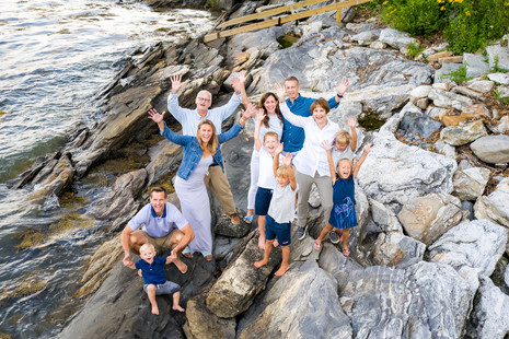 It's good to be together again ~ Extended Family session ~ Yarmouth, ME Photographer