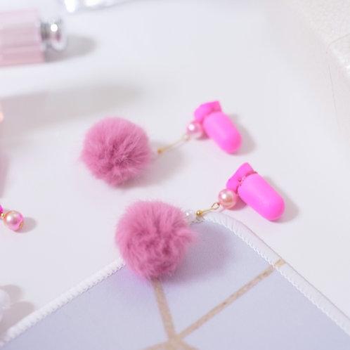 【公式ストア限定】中サイズ ウレタン ピンク ぽんぽんファー 耳栓 おしゃれ耳栓 映画 ベストセラー 可愛い耳栓 ギフト プレゼント 彼女 誕生日 かわいい