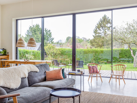 Benefits of sliding doors with large panels