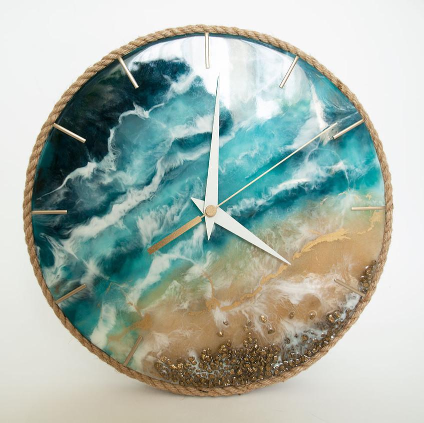Часы в технике ArtResin