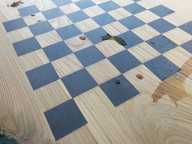 Стол-река-шахматы