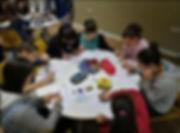 תלמידי חטיבת הנעורים בלמידה קבוצתית