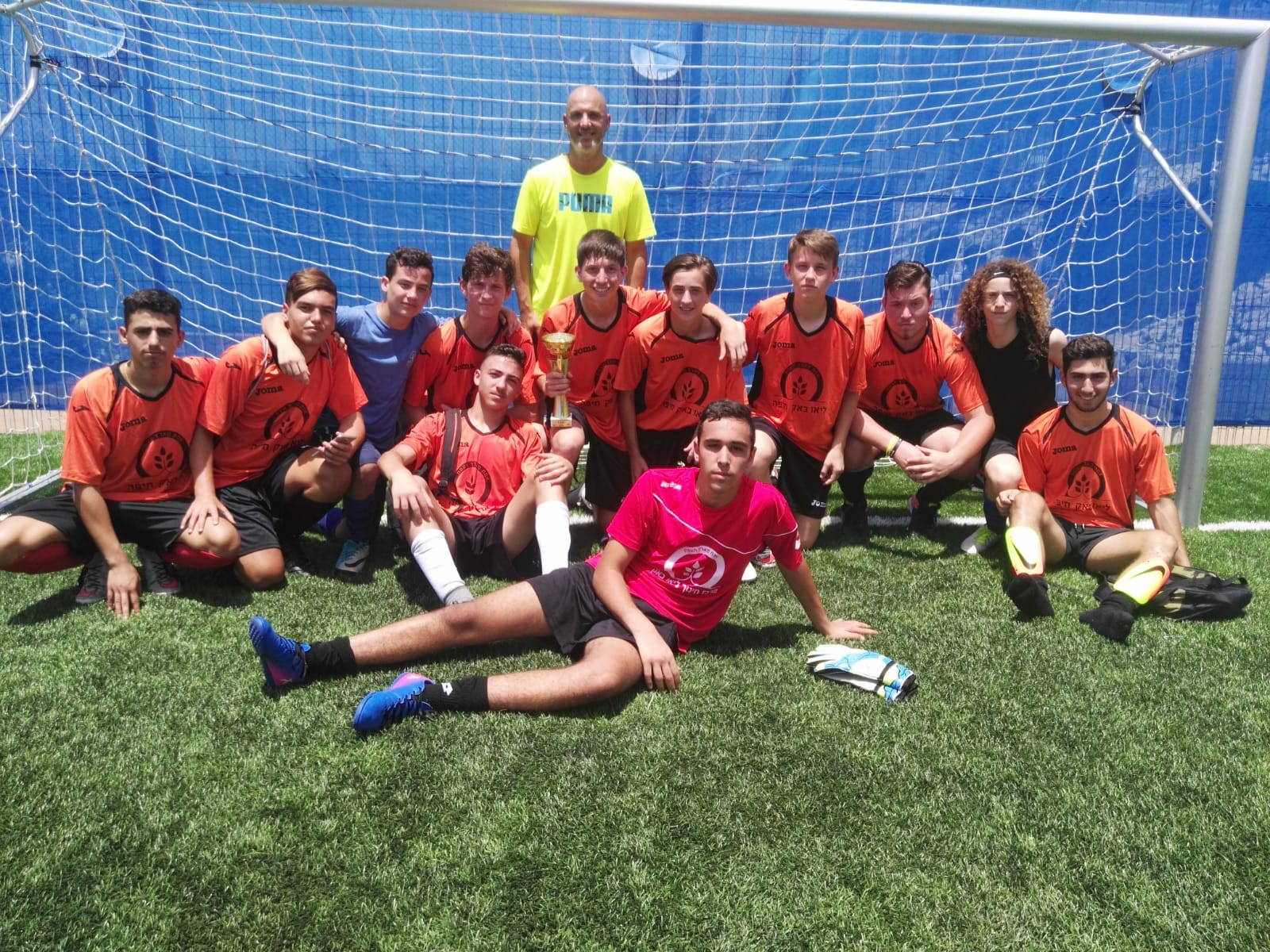 קבוצת הכדורגל של חטיבת הנעורים