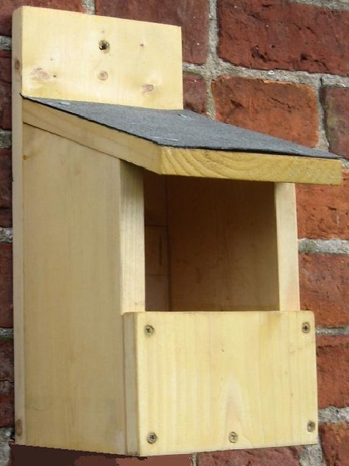 Open-fronted Nestbox