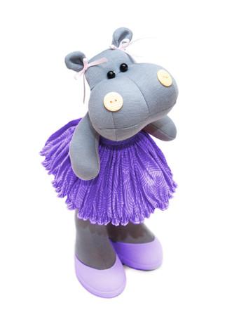 Анита в фиолетовом