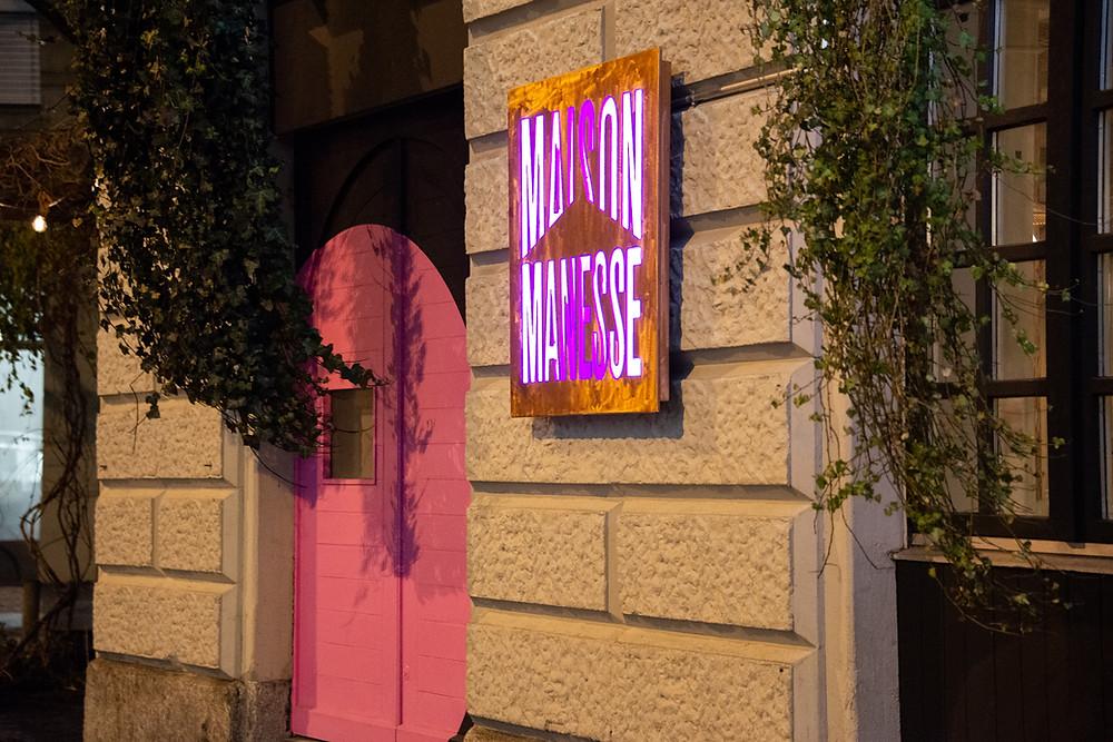 Manesse Entrance