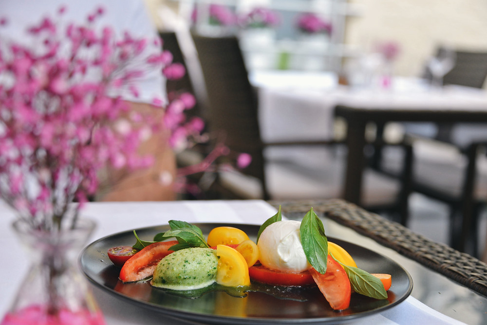 caprese with colourful tomatoes, buffalo mozzarella and basil sorbet