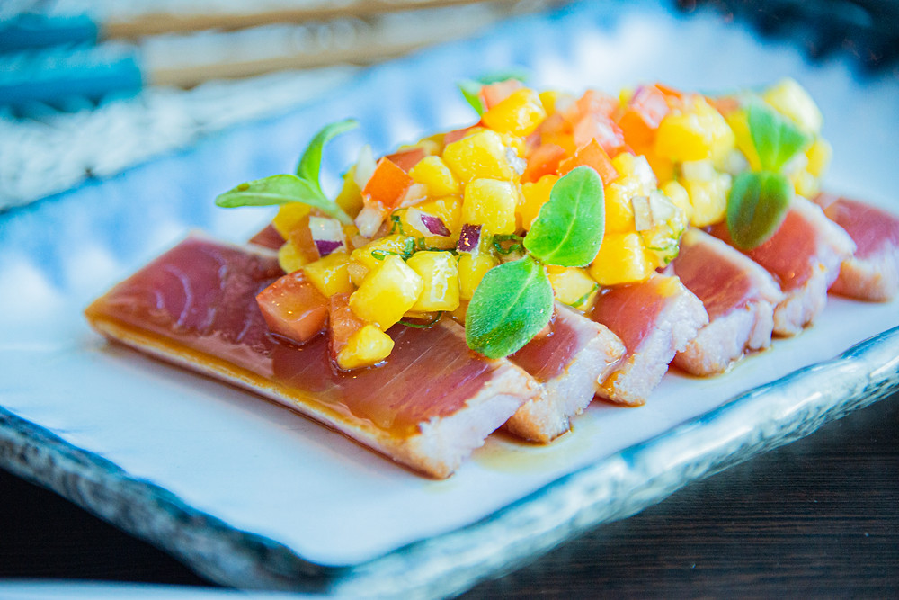 seared tuna with Ponzu sauce and mango salsa at Spices Kitchen by Thefoodlovies