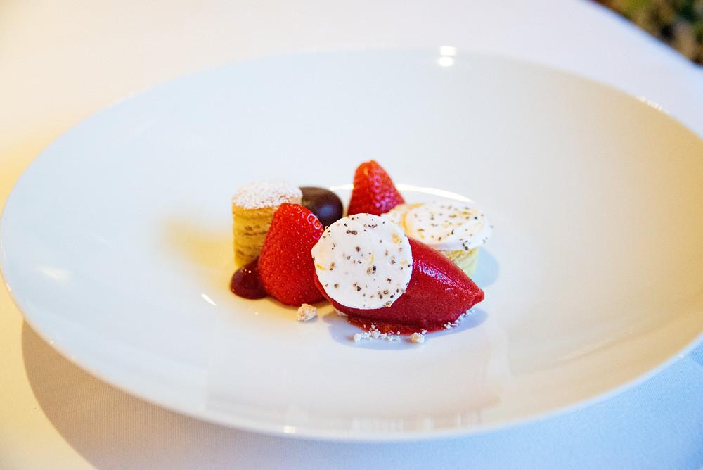 Strawberry Dessert by Sebastian Rösch | Thefoodlovies