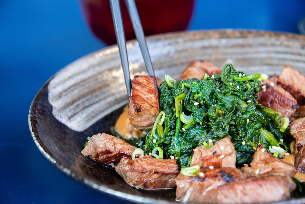 Koro Koro Steak (beefcubes on a misobutter, young spinach, rice and misosoup)