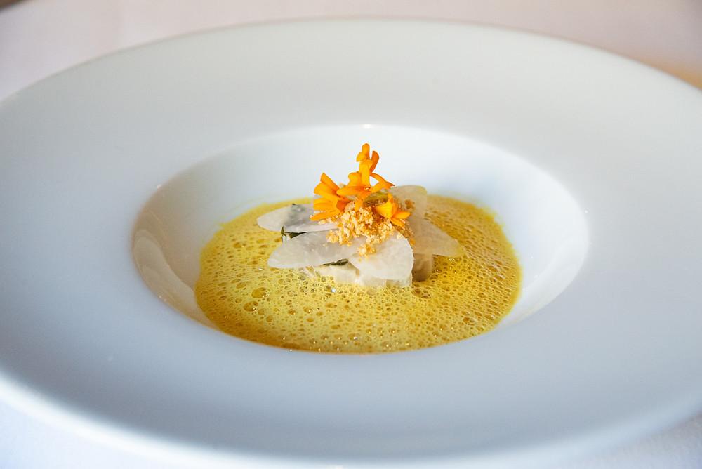 Turnip cabbage on yellow curry by Sebastian Rösch | Thefoodlovies