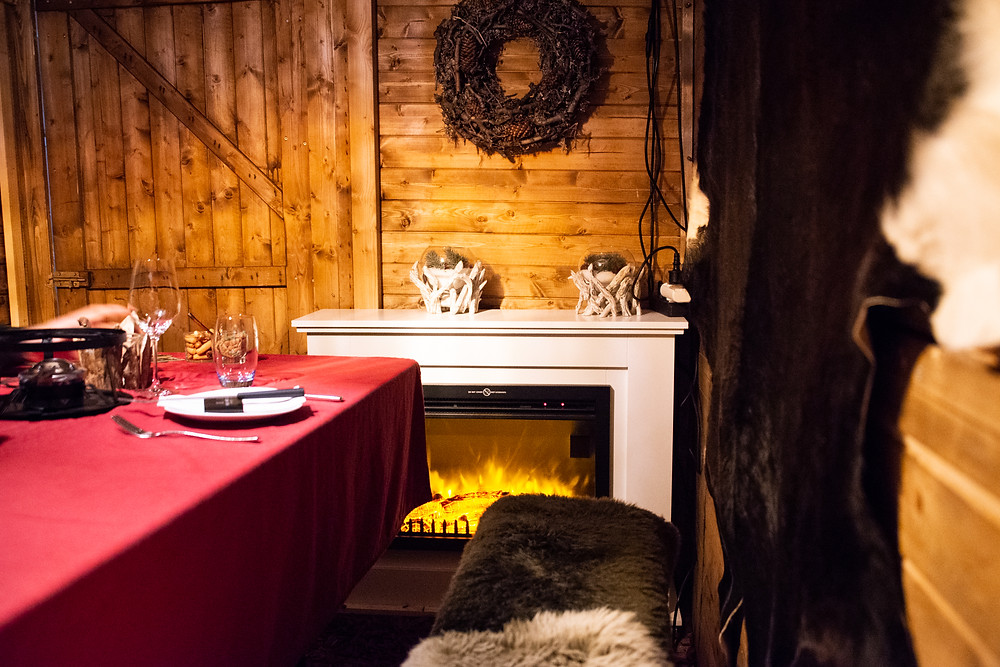 cozy mood in Renny's Chalet
