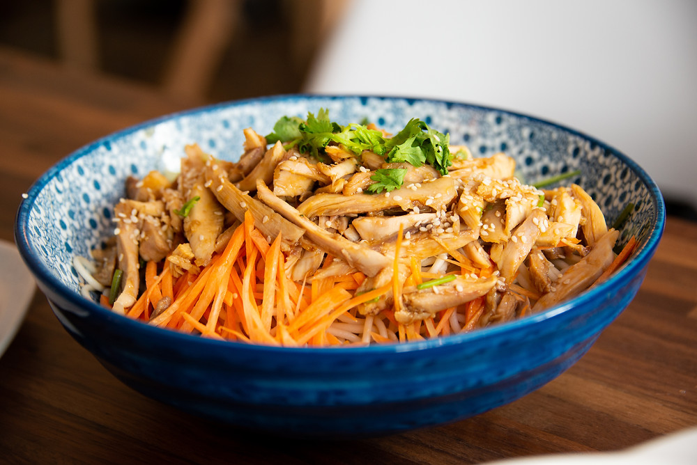 traditional Shanghai Summer dish with cold noodles and chicken
