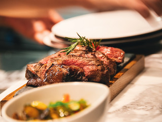 Meat and Greet | Simon's Steakhouse