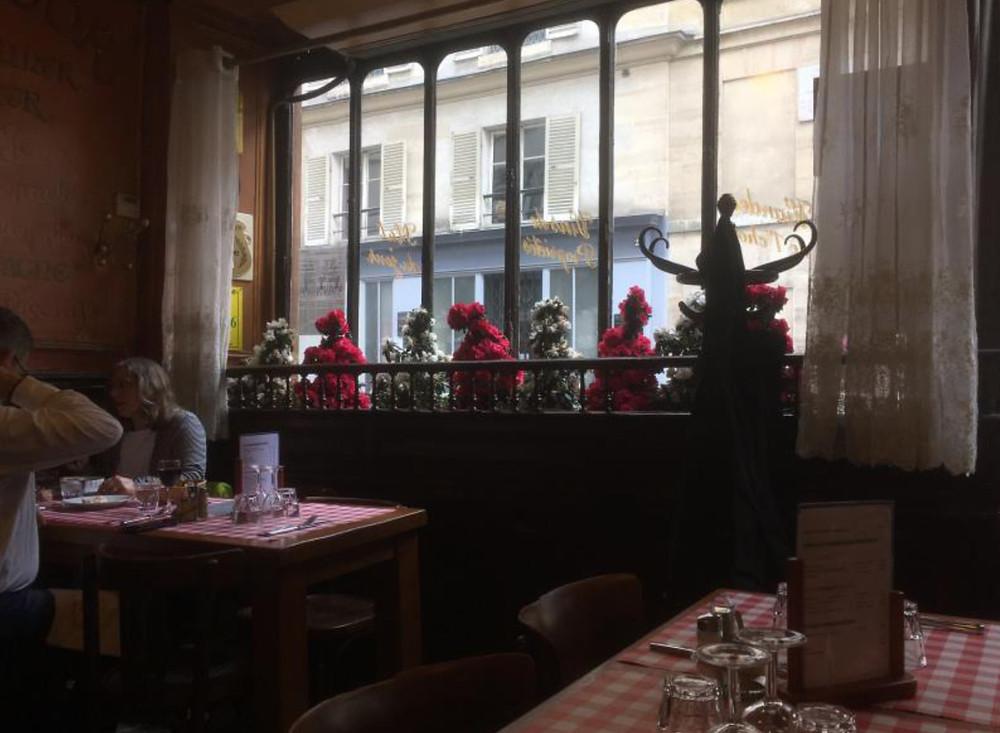 Parisian Café street view.