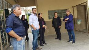 Deputado visita escola em União da Vitória, construida no Governo Requião