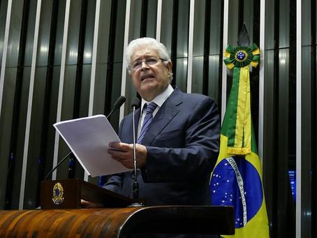 Para apressar votação, Requião apresenta projeto de lei contra auxílio-moradia