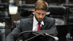 CCJ veta Emenda que corrige Projeto de Compliance defendido por Ratinho Jr.