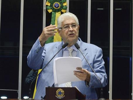 Requião detona argumentos neoliberais que aprisionam o Brasil na recessão