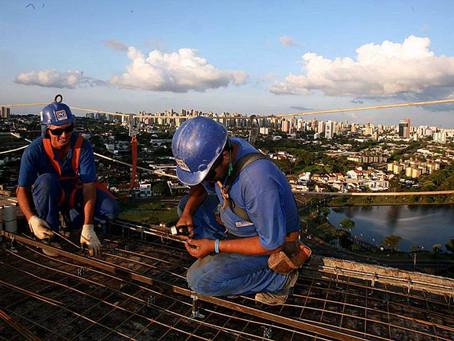 Requião aprova aposentadoria especial para trabalhador da construção civil