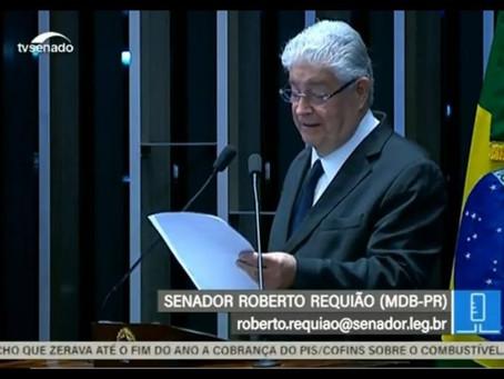 """Guiado por Moro, Requião apresenta """"Lei Ônix Lorenzoni"""""""