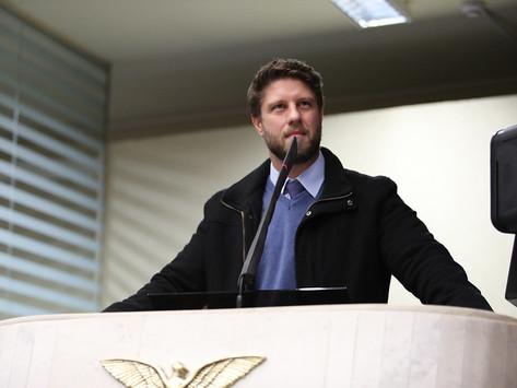Requião Filho critica proposta que altera contrapartida do Estado na previdência dos servidores