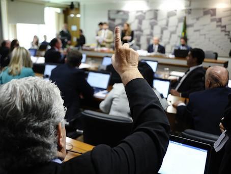 Parecer de Requião proibe pagar apostas na internet com cartão de crédito