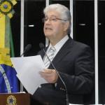 Senador Roberto Requião (PMDB-PR) volta a denunciar manobra do governo para beneficiar terminais portuários priovativos