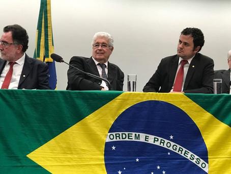 Lançada a Frente Nacionalista. Requião é o presidente e quer o Brasil mobilizado contra o entreguism
