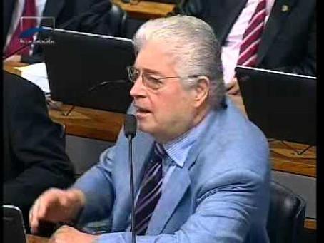 Senador Requião fala sobre o Projeto Direito de Resposta na CCJ