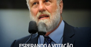 Requião Filho entra na brincadeira do envelhecimento para cobrar velocidade de votações na CCJ