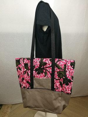 Große Handtasche pink