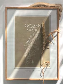 karta gotland, gotlandstavla ekram, vass, sand, solljus, kompass, line of art